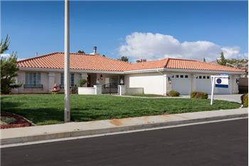 6533 Hickory St, Palmdale, CA