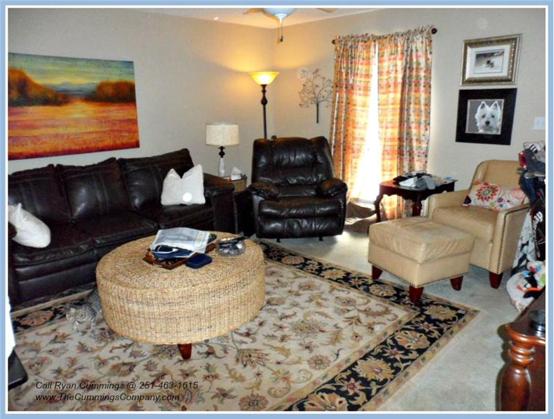 7436 Pinewood Dr, Theodore, AL 36582 Mother-in-law Suite Living Room