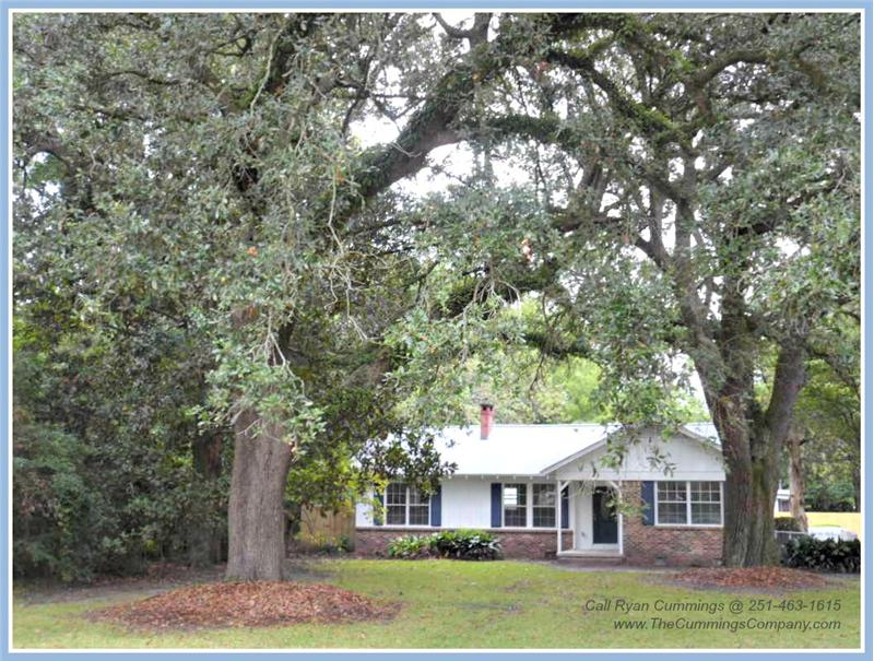 713 Magnolia Rd, Mobile, AL 36606 Mature Oak Trees