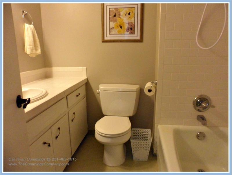 4251 Blue Rd Theodore AL 36582 Second Bathroom