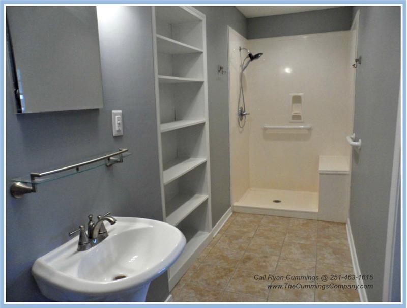 4251 Blue Rd Theodore AL 36582 Third Bathroom