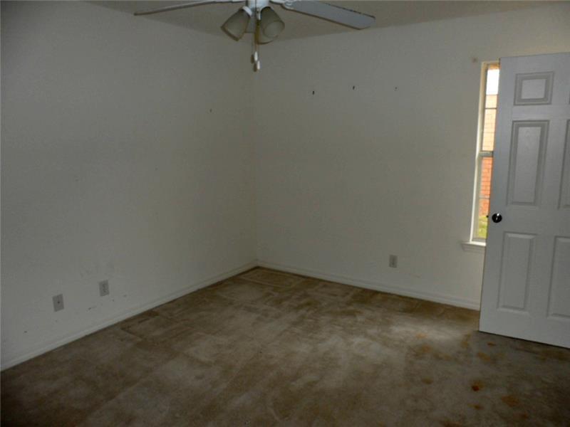 2626 Rosebud Dr, Mobile, AL 36695 Second Bedroom
