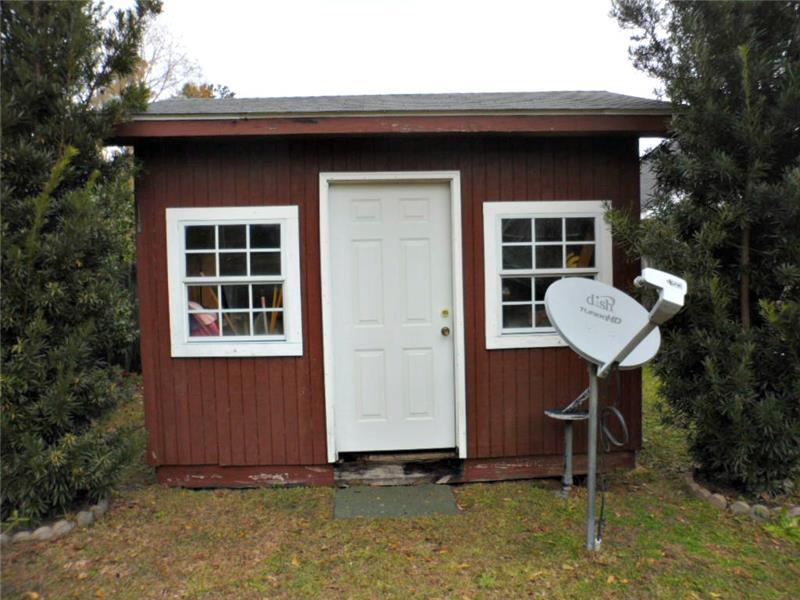 2626 Rosebud Dr, Mobile, AL 36695 Storage Building