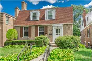 6841 Tripp Ave., Lincolnwood, IL