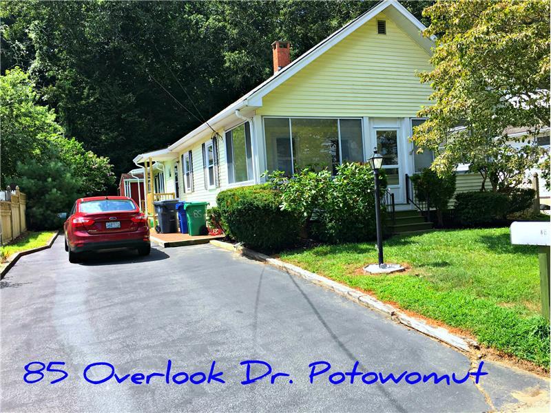 Paved driveway; fenced sides & Goddard Park!