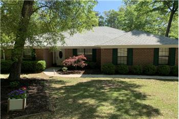 Primary listing photos for listing ID 585144