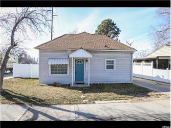 Primary listing photos for listing ID 561789