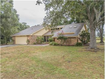 122 Wood Hall Drive, Mulberry, FL