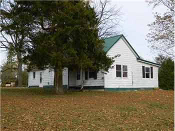 2119 County Road 1095N, Fairfield, IL