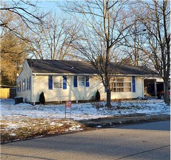 202 Clarence Ave, Fairfield, IL