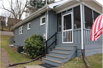 2726 Cleveland Ave., Steubenville, OH