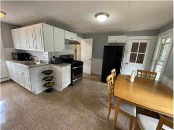 Primary listing photos for listing ID 591569
