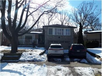 17 Saxony Cres, Etobicoke, ON