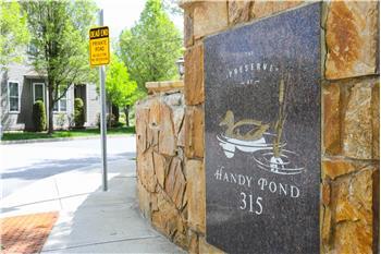 315 Old River Road Unit #8, Lincoln, RI