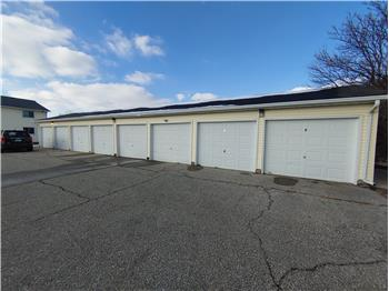 3853 Paige Dr GARAGE ONLY, Waterloo, IA