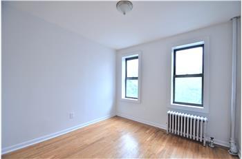 Nelson Ave, Bronx, NY